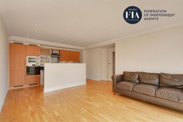 Thumbnail Flat to rent in Town Meadow, Ferry Quays, Brentford