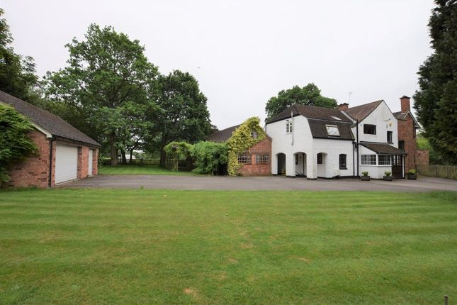 Thumbnail Detached house to rent in Kelsey Lane, Balsall Common, Coventry