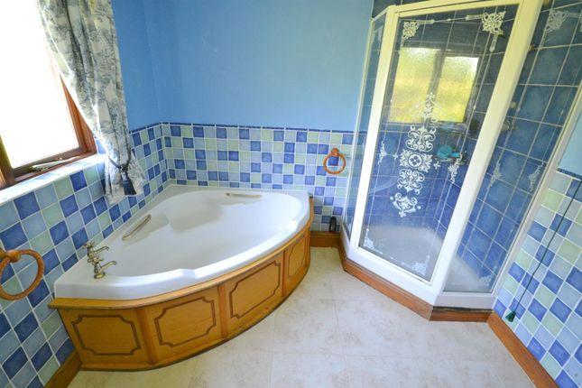 Bathroom of Templebar Road, Pentlepoir, Saundersfoot SA68
