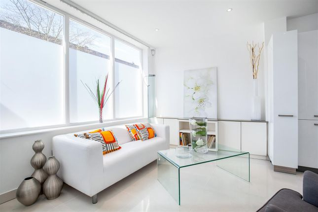 Thumbnail Property for sale in Violet Hill, St John's Wood