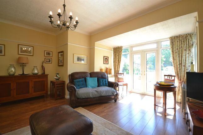 Lounge Alt of Chestnut Avenue, Ewell, Epsom KT19