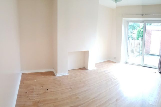 Thumbnail Property to rent in Kinburn Avenue, West Disbury, Manchester