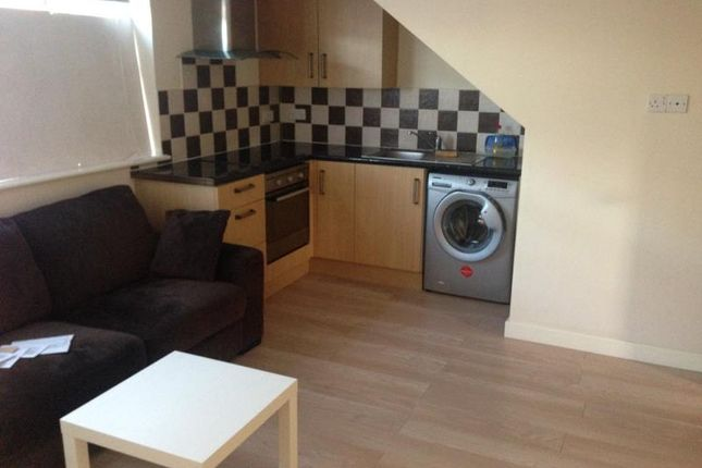 2 bed flat to rent in 93A, Alfreton Road, Nottingham