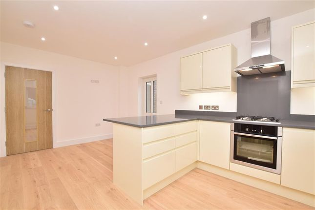 Thumbnail Detached house for sale in Crouch House Road, Barn And Manor Cottages, Edenbridge, Kent