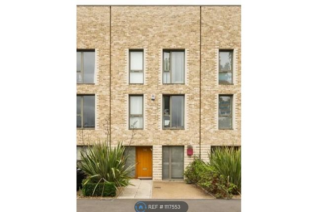 Thumbnail Room to rent in Lacey Drive, London