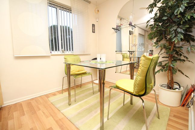 Lounge/Dining of Woodgrange Close, Salford, Greater Manchester M6