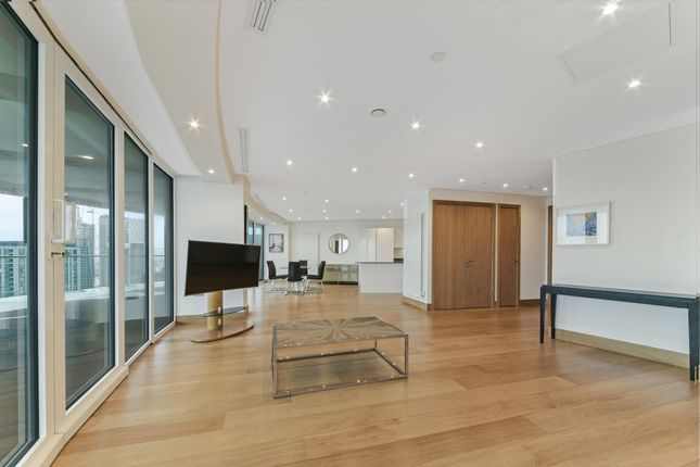Lounge of Arena Tower, Crossharbour Plaza, Isle Of Dogs E14