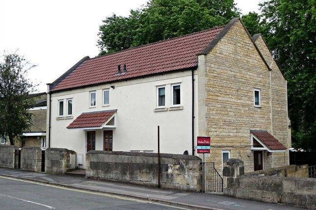 Thumbnail Flat to rent in Brook Road, Bath