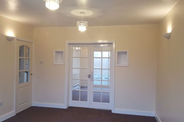 Thumbnail Semi-detached house to rent in Clap Gate Lane, Wigan
