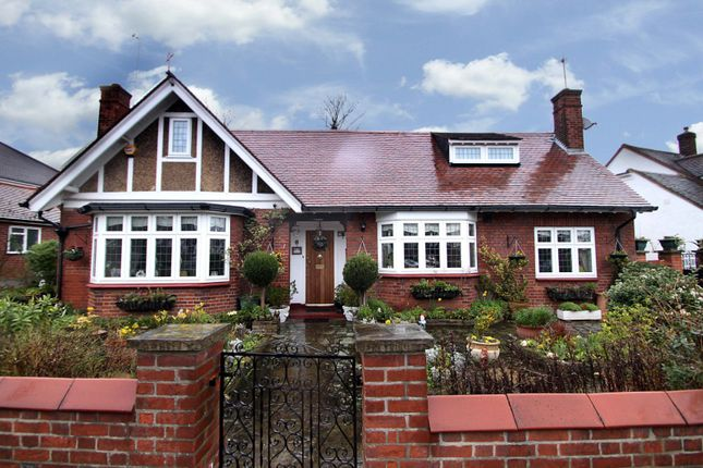 Thumbnail Bungalow for sale in The Avenue, London