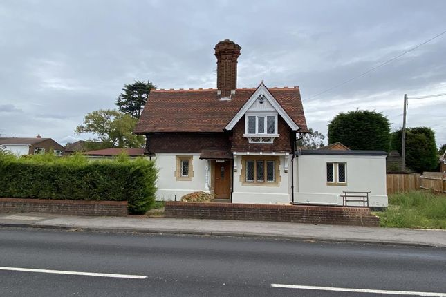 Thumbnail Detached house for sale in Old Windsor, Berkshire