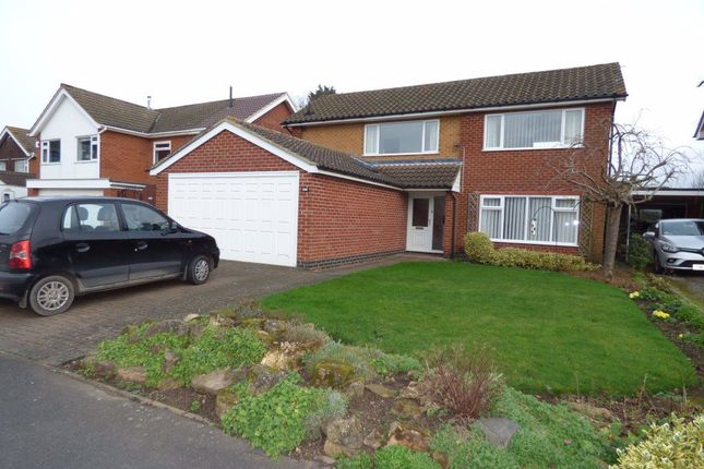 Thumbnail Detached house to rent in Paddock Close, Castle Donington