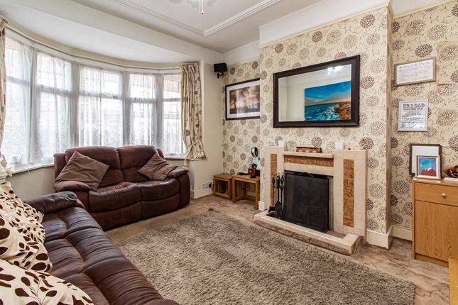 Lounge of Oban Road, Southend-On-Sea SS2
