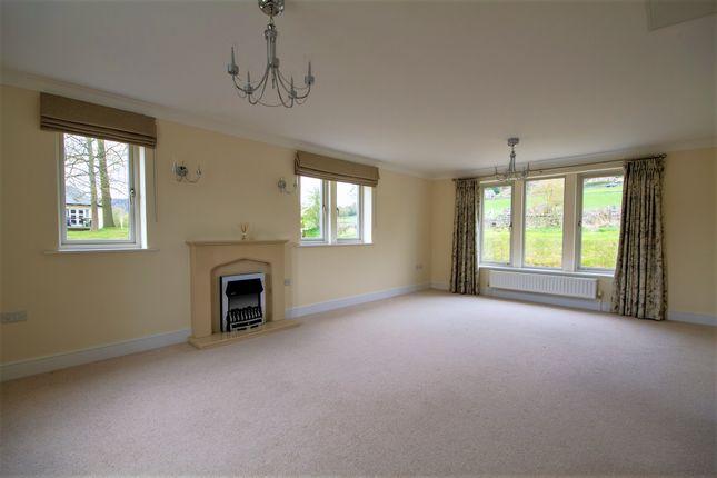 Living Room of Crompton Close, Matlock DE4