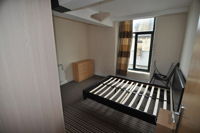 Bedroom One of Piccadilly, Bradford BD1