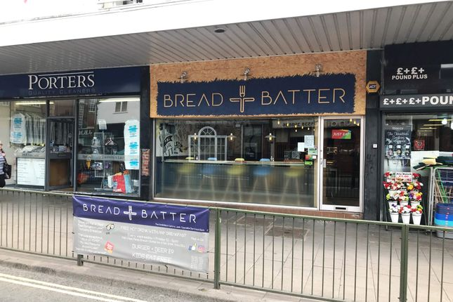 Thumbnail Restaurant/cafe for sale in The Smithfield Centre, Leek