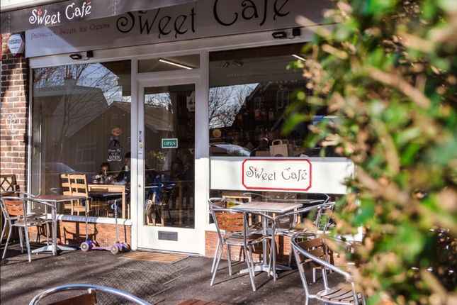 Thumbnail Restaurant/cafe to let in Wensleydale Road, Hampton