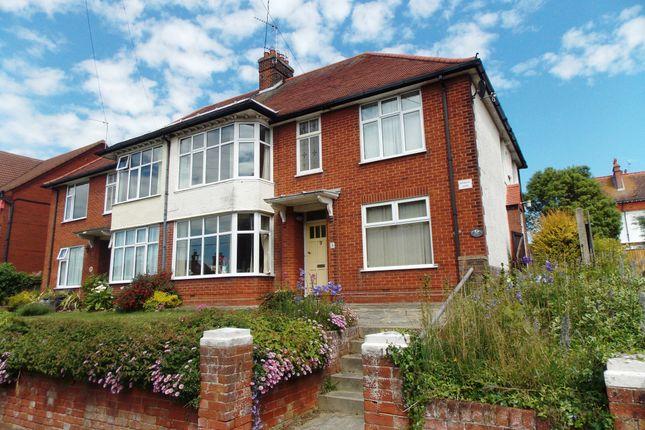 Thumbnail Flat to rent in Bacton Road, Felixstowe
