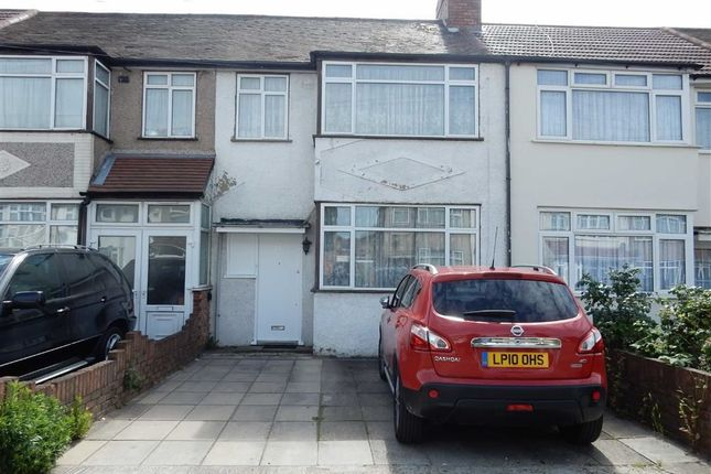 Thumbnail Terraced house for sale in Beatrice Road, Southall, Middlesex