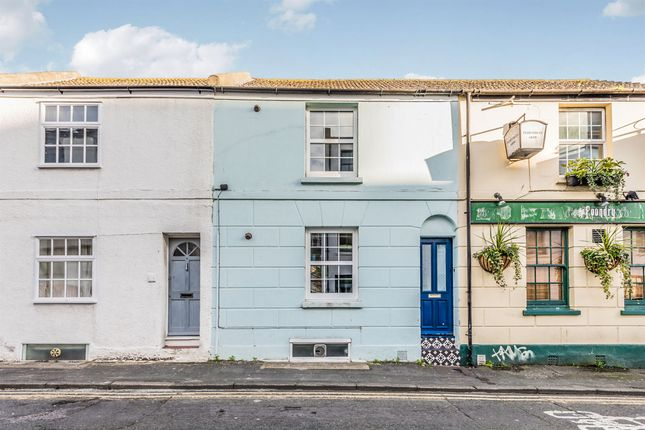 Thumbnail Terraced house for sale in Foundry Street, Brighton