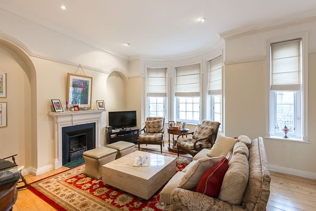 Thumbnail Terraced house to rent in Pilgrims Lane, Hampstead