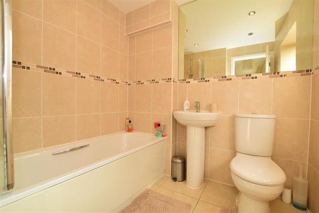 Bathroom of Bradbrook Drive, Longfield, Kent DA3