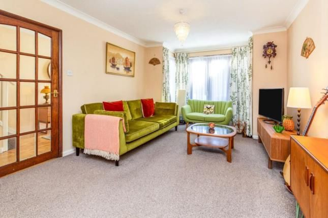 Lounge of Thornfield Road, Middlesbrough TS5