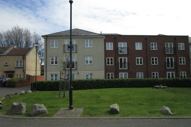Thumbnail Flat to rent in Strathearn Drive, Westbury-On-Trym, Bristol