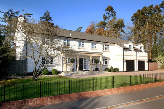 Thumbnail Detached house to rent in Whichert Close, Knotty Green, Beaconsfield, Buckinghamshire