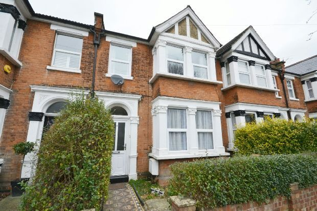 Thumbnail Terraced house to rent in Silverdale Road, London