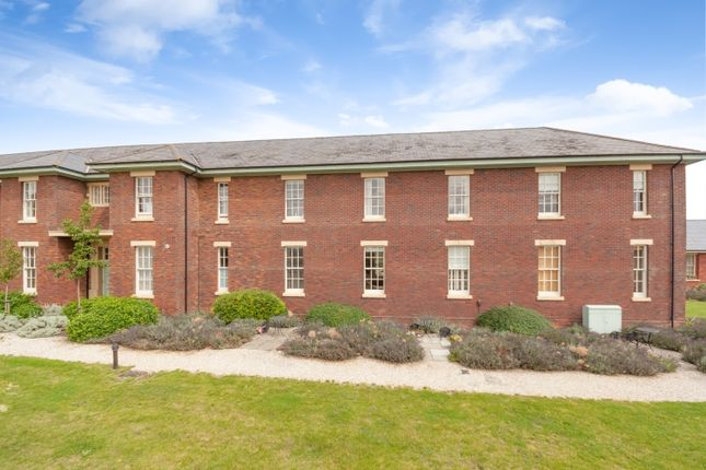 2 bed flat to rent in The Parade, Caversfield, Bicester OX27