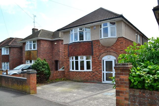 Thumbnail Detached house to rent in Grove Avenue, Yeovil