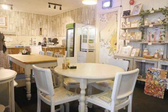 Photo 5 of Lisa's Little Tearoom, 11 Barmoor Terrace, Ryton NE40