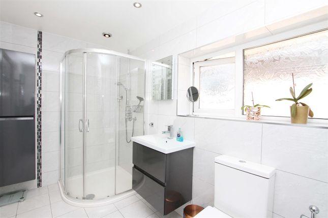 Bathroom 1 of Eleanor Grove, Ickenham UB10