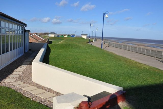 Thumbnail Hotel/guest house for sale in Queens Park Close, Mablethorpe