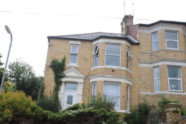 2 bed flat for sale in Llanthewy Road, Newport NP20