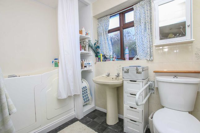 Shower Room of Wells Drive, Market Rasen LN8