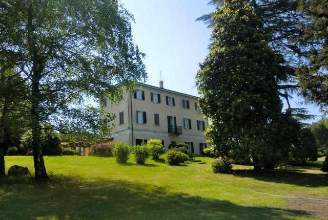 10 bed property for sale in Period Villas, Lake Orta, Piemonte