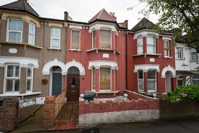 3 bed terraced house for sale in Hatherley Road, London