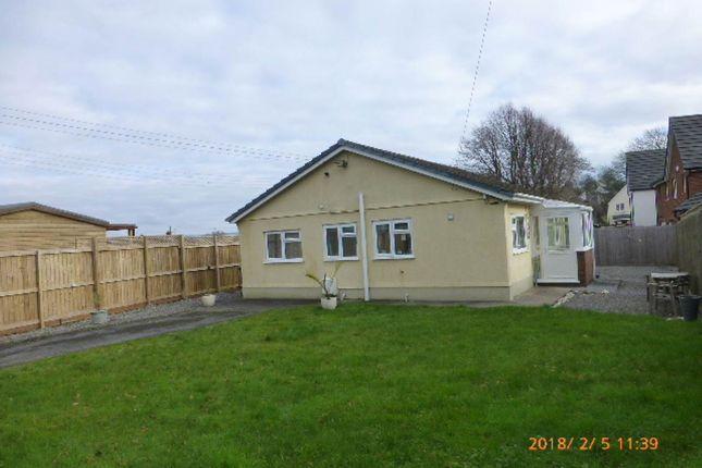 Thumbnail Bungalow to rent in Mount Pleasant, Pensarn, Carmarthen