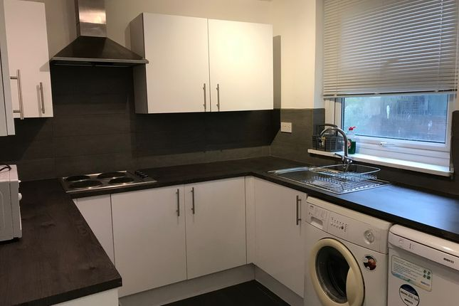 Thumbnail Flat to rent in Mowatt Close, Archway, London