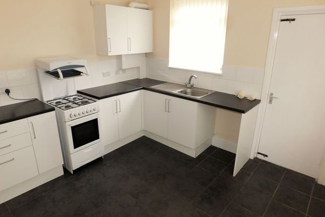 Thumbnail End terrace house to rent in Beresford Street, Failsworth, Manchester