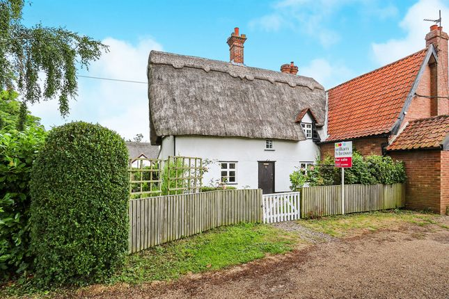 Thumbnail Cottage for sale in The Green, Tacolneston, Norwich