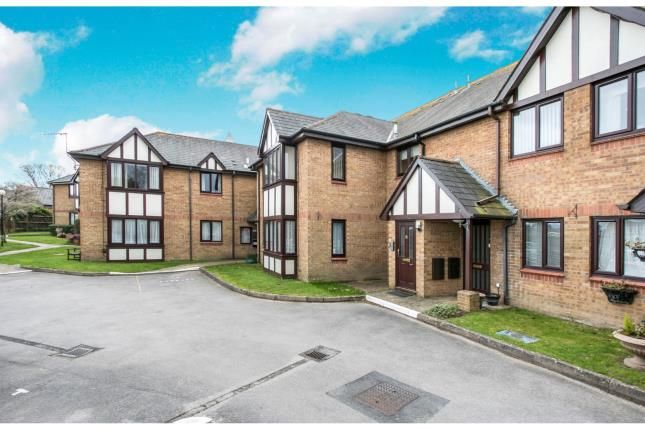 Thumbnail Flat for sale in Douglas Close, Upton, Poole