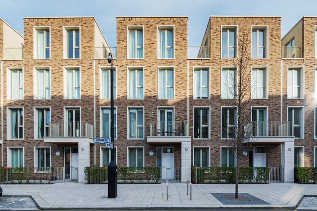 Thumbnail Property for sale in Starboard Way, London