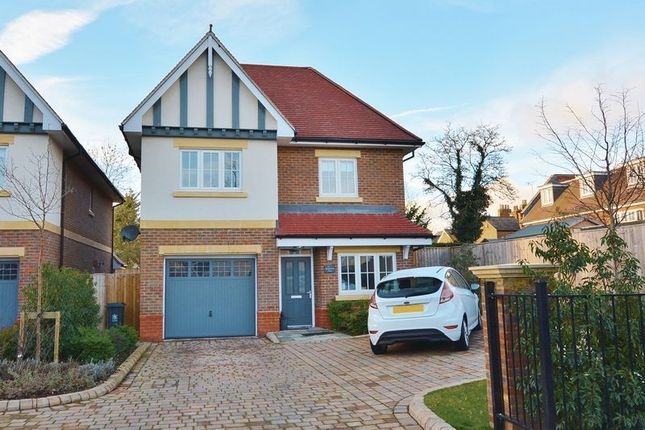 Thumbnail Detached house for sale in Shepherds Lane, Beaconsfield