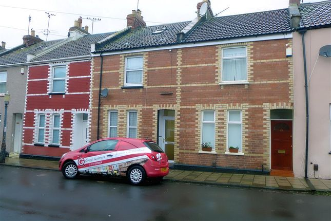2 bed terraced house to rent in Bradley Crescent, Shirehampton, Bristol BS11