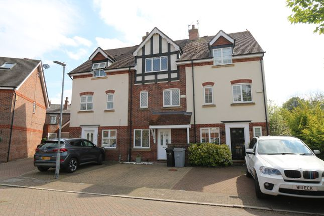 Thumbnail Town house to rent in Arderne Place, Alderley Edge