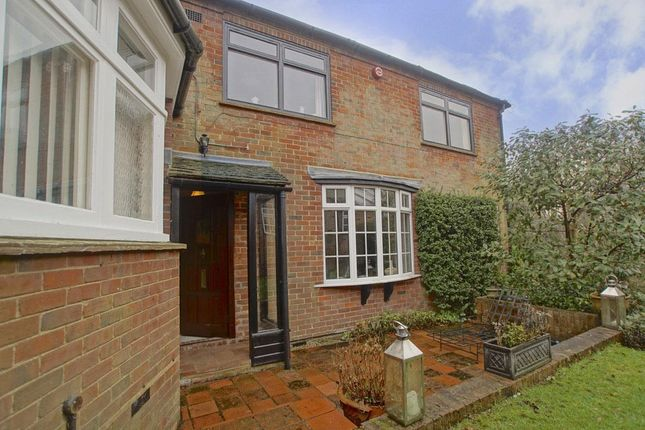 Thumbnail Property to rent in New Road, Digswell, Welwyn