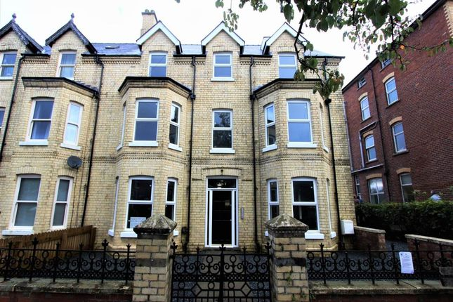 Thumbnail Property to rent in Flat 4, The Grove, Ithon Road, Llandrindod Wells